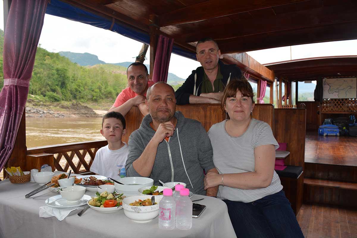 Guillaume, Didier, Jean-François, Corentin et Nathalie – Voyage le long du Mékong (13 jours)